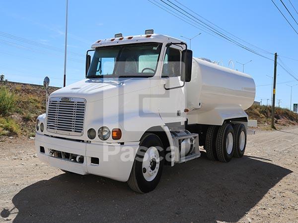Camión Freightliner Century – Pipa de agua