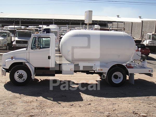 Camión Freightliner FLL 70 - Pipa de Gas