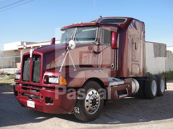 Camión Kenworth T600