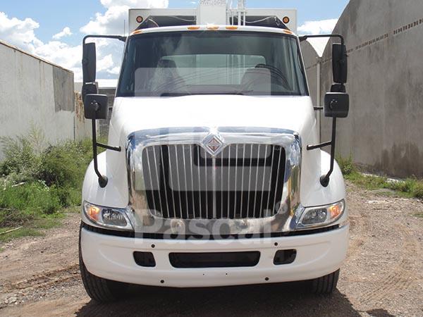 Camión International modelo 8600 Recolector de basura