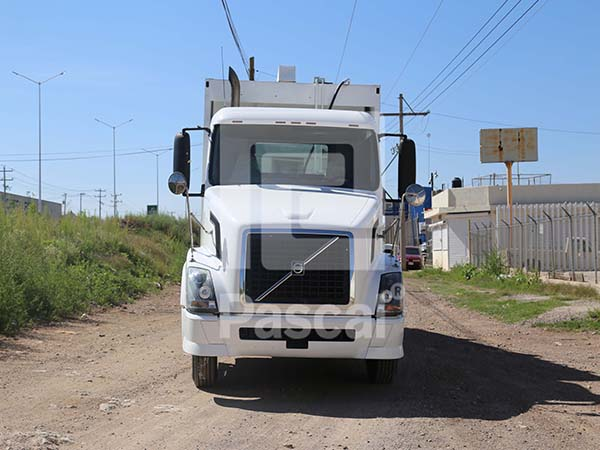 Camión Volvo Tercera Generación Recolector